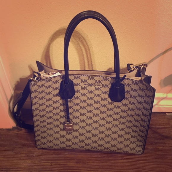 f70ceefe95 NWT Michael Kors Studio Large Conventional Tote